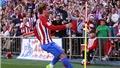 Griezmann khiến CĐV Man United mê mẩn với 'siêu phẩm' đá phạt