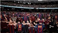 Fan Barca đồng loạt 'phơi áo' khi Messi ghi bàn vào lưới Osasuna