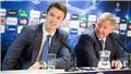 Sir Alex sốc khi Van Gaal làm điều này ở Man United