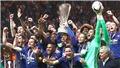 Man United được nhiều hơn một chiếc cúp khi vô địch Europa League