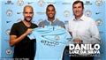 Danilo CHÍNH THỨC gia nhập Man City với giá 'mềm', kí hợp đồng 5 năm