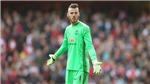Romero có xuất sắc, Man United vẫn phải giữ De Gea bằng mọi giá