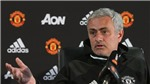 Mourinho đau đầu: 'Chẳng cầu thủ tấn công nào của tôi đáng phải ngồi dự bị cả'