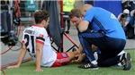 HI HỮU: Ăn mừng quá đà, sao Bundesliga phải ngồi ngoài sân 7 tháng vì chấn thương