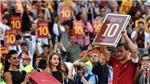 Francesco Totti giải nghệ: Và rồi, Peter Pan của calcio cũng chia tay…
