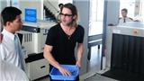 Brad Pitt rời Côn Đảo đi Hàn Quốc