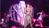 Live show VN: Đẳng cấp bạc tỷ, lỗ bạc tỷ