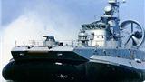 Iran hạ thủy các tàu ngầm và tàu đệm khí mới