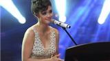 Nghe Á quân The Voice Mỹ hát tại Giọng hát Việt