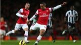 """Quyết giữ chân Walcott, Arsenal đưa ra đề nghị """"khủng"""""""