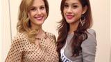Lô Thị Hương Trâm được BTC Miss International phát Iphone 5c