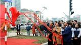 Gắn biển đường Võ Chí Công, Võ Văn Kiệt và Võ Nguyên Giáp tại Hà Nội