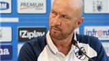Walter Zenga xin lỗi CĐV sau khi Sampdoria thua 0-4 trước đội bóng 'vô danh'