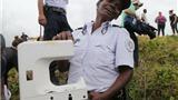 CẬP NHẬT: Cảnh sát phát hiện mảnh nhựa vỡ nghi là của MH370 trên đảo Reunion