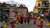 Hội An múa đèn lồng đón vị khách thứ 8 triệu