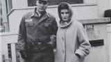 Phát hiện ảnh hiếm của Elvis Presley thời còn tại ngũ