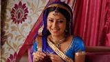 'Cô dâu 8 tuổi' chết trong tư thế treo cổ