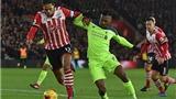 Jamie Redknapp: 'Sturridge chỉ là con nít khi đối đầu với Van Dijk'