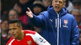 Dù Sanchez dự bị vì lý do chiến thuật, Wenger vẫn khó giải thích