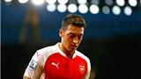 Đã đến lúc Oezil phải vì… Arsenal