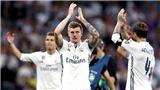Toni Kroos đã hóa thân thành nghệ sĩ cùng Real Madrid