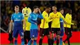 'Arsenal thua vì thiếu chất đàn ông'