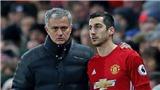 Mkhitaryan rõ ràng rất lợi hại khi được Mourinho trả về vị trí hộ công