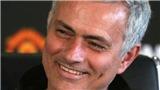 Mourinho quá giàu kinh nghiệm, đoán trước Fellaini bị đuổi và phản ứng cực nhanh