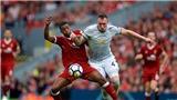 'M.U cứ đá như trận gặp Liverpool thì không thể vô địch'