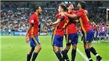 Mặc Man United và Barcelona chèo kéo, cầu thủ hay nhất U21 Tây Ban Nha không 'mềm lòng'