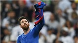 Ăn mừng kiểu Messi: Từ phơi áo, mút ngón tay đến nghe điện thoại...
