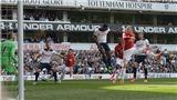 'Phải chăng có điều khoản Rooney không thể bị thay giữa chừng trong hợp đồng?'