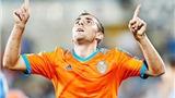 Hạ Cordoba, Valencia vượt Barca, leo lên ngôi đầu bảng Liga