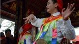 Về Triều Khúc, xem trai làng tô son hóa thành 'con đĩ đánh bồng'