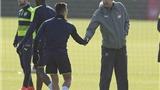 PSG sẽ dùng sức mạnh tiền bạc để đưa Sanchez đến Pháp