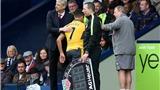 Arsene Wenger sẽ ở lại, đại tu đội hình để... ngẩng cao đầu ra đi