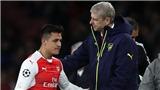 Wenger thừa nhận Arsenal khó giữ được chân Sanchez và Oezil