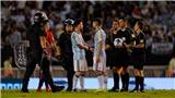 Messi sắp lĩnh án phạt vì lăng mạ trọng tài