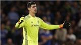 NÓNG: Chelsea bất ngờ mất Courtois ngay trước đại chiến với Man United