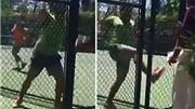 Sốc với hình ảnh tay vợt hung dữ đuổi đánh trọng tài