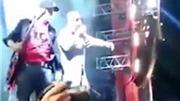 VIDEO: Hàng chục người thương vong khi chen lấn xem rock