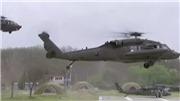 VIDEO: Phó Tổng thống Mỹ đáp trực thăng xuống gần khu phi quân sự liên Triều