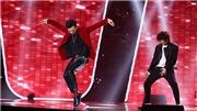 Hit Michael Jackson, G-Dragon làm 'bùng nổ' sân khấu The Voice Kids tập 9