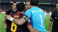 'Kinh điển' thời hậu Mourinho: Cầu thủ Real thoải mái thể hiện sự thân thiện với Barca
