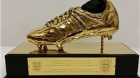 FA tri ân Rooney bằng giày Vàng