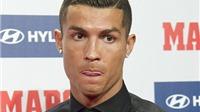 Ronaldo bảnh bao nhận giải Cầu thủ hay nhất Liga mùa trước