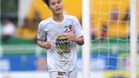 HLV Guillaume Graechen: 'Đào tạo tốt, bóng đá Việt Nam không ngại Thái Lan'