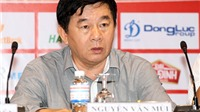 Trưởng ban trọng tài VFF Nguyễn Văn Mùi  'tọa sơn'…