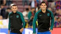 Neymar và Suarez cần trở lại mặt đất!