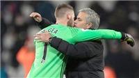 Mourinho đang mạo hiểm với tương lai De Gea